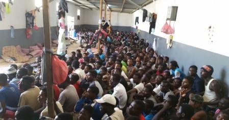 05ultima-migranti-in-un-centro-di-detenzione-in-libia-fonte-hpnlibia2-foto4