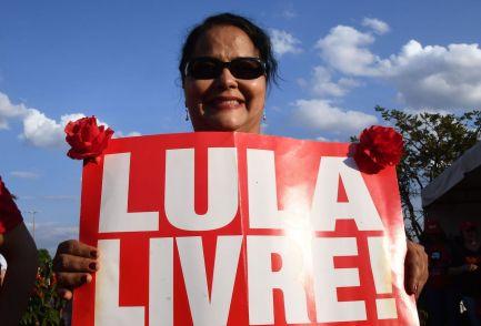 BRAZIL-ELECTION-CANDIDATES-LULA DA SILVA-PROTEST