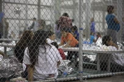 bambini-migranti-separati-famiglie AP