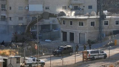 Circa 100 case saranno demolite nell'area di Wadi al-Hummus vicino al muro di separazione _Mussa Qawasma _Reuters