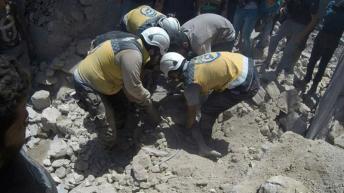 Le morti di sabato arrivano il giorno dopo gli attacchi in tutta la Siria uccisi almeno 11 _Protezione civile siriana _AP