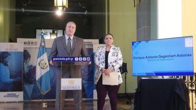 Ministro dell'interno_Enrique Degenhart e il cancelliere_Sandra Jovel_Foto stampa libera_Andrea Orozco