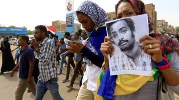 La gente si è radunata a Khartum per protestare contro le uccisioni dei manifestanti_Mohamed Nureldin Abdallah_Reuters