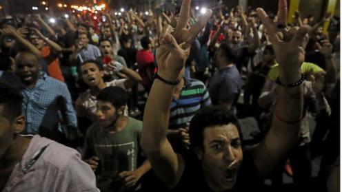 5_Gli scontri di Suez sono arrivati il giorno dopo che decine di manifestanti sono stati arrestati nella capitale egiziana_ Il Cairo_Mohamed Abd El Ghany_Reuters