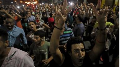 Gli scontri di Suez sono arrivati il giorno dopo che decine di manifestanti sono stati arrestati nella capitale egiziana_ Il Cairo_Mohamed Abd El Ghany_Reuters