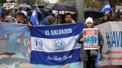 I salvadoregni con TPS hanno tenuto enormi incontri a Washington e in altre città per dare visibilità alla loro situazione
