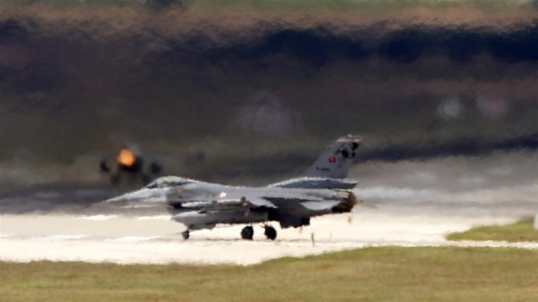 Il ministero della difesa turco ha detto che il drone è stato abbattuto da jet F-16_Umit Bektas _Reuters