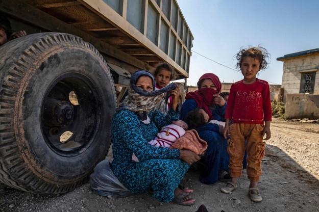 12lettere-appello-profughi-kurdi-afp