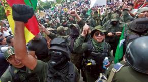 I cittadini e la polizia protestano per le strade_AFP