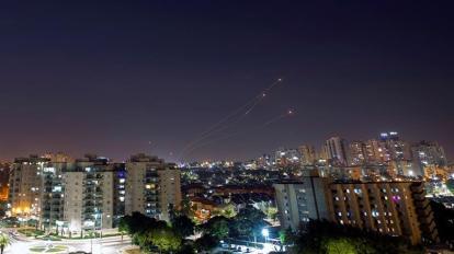 Missili su Gaza_Amir Cohen _ Reuters