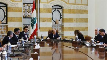 Il presidente libanese Michel Aoun dirige il primo incontro del nuovo gabinetto nel palazzo presidenziale di Baabda_Mohamed Azakir _Reuters