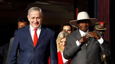 Benjamin Netanyahu e il presidente ugandese Yoweri Museveni hanno tenuto colloqui a Entebbe_ Uganda _Abubaker Lubowa _Reuters