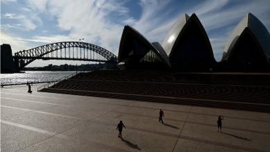 Teatro dell'Opera di Sydney è stata quasi abbandonata nel mezzo di un blocco del governo in Australia che ha contribuito a rallentare la diffusione del coronavirus_Joel Carrett _EPA