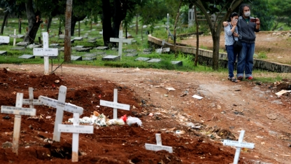 una zona del cimitero fornita dal governo a Jakarta, in Indonesia, il 3 aprile 2020 _Willy Kurniawan _ Reuters