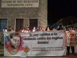 El sábado 27 de junio_la comunidad de Paéz _Cauca_realizó una velatón rechazando el asesinato de Miriam_lideresa indígena comprometida con la paz en su región_ Archivo particular